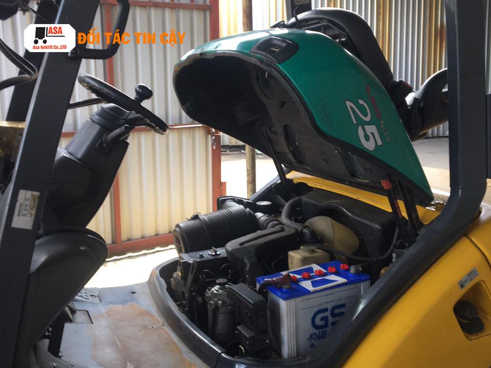 Xe nâng dầu komatsu 2.5 tấn có chiều cao nâng từ 3 đến 6m