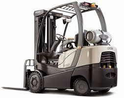 Sự khác nhau giữa xe nâng hàng động cơ xăng và xe nâng hàng động cơ dầu