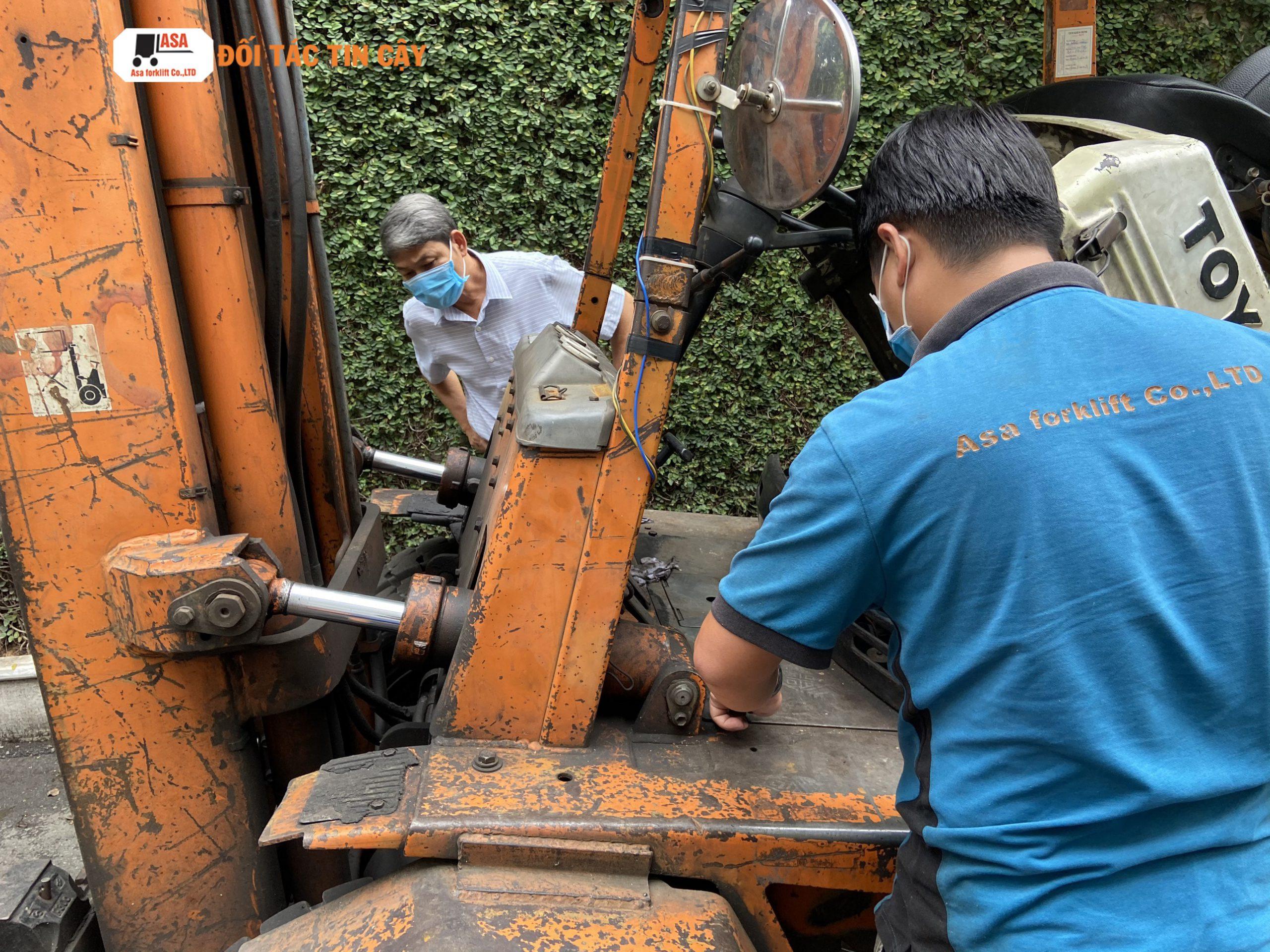 Các quy trình sửa xe nâng hàng của Asa rất bài bản và theo tính chuyên môn cao