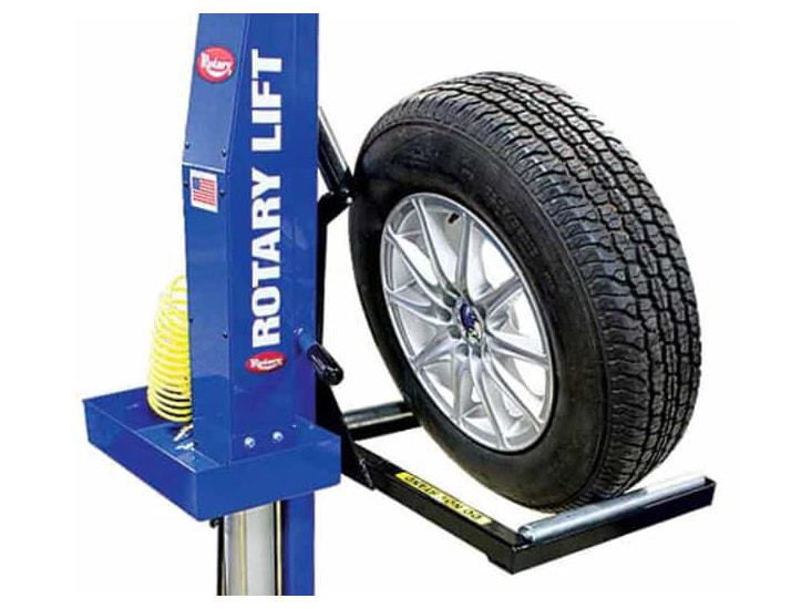 Thay lốp xe nâng và cung cấp xe nâng hàng