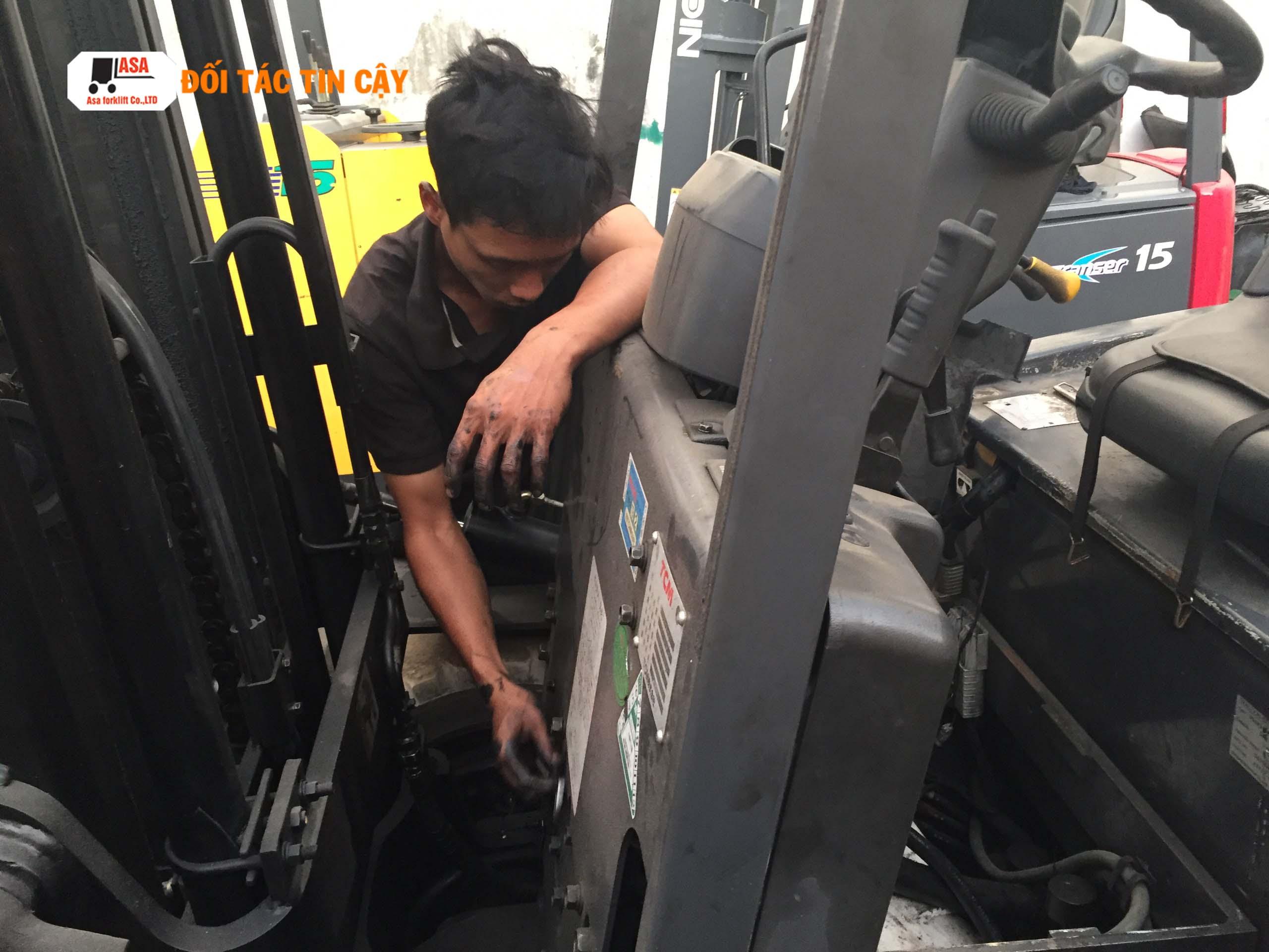 Hệ thống phanh xe nang rất quan trọng khi vận hành xe nâng