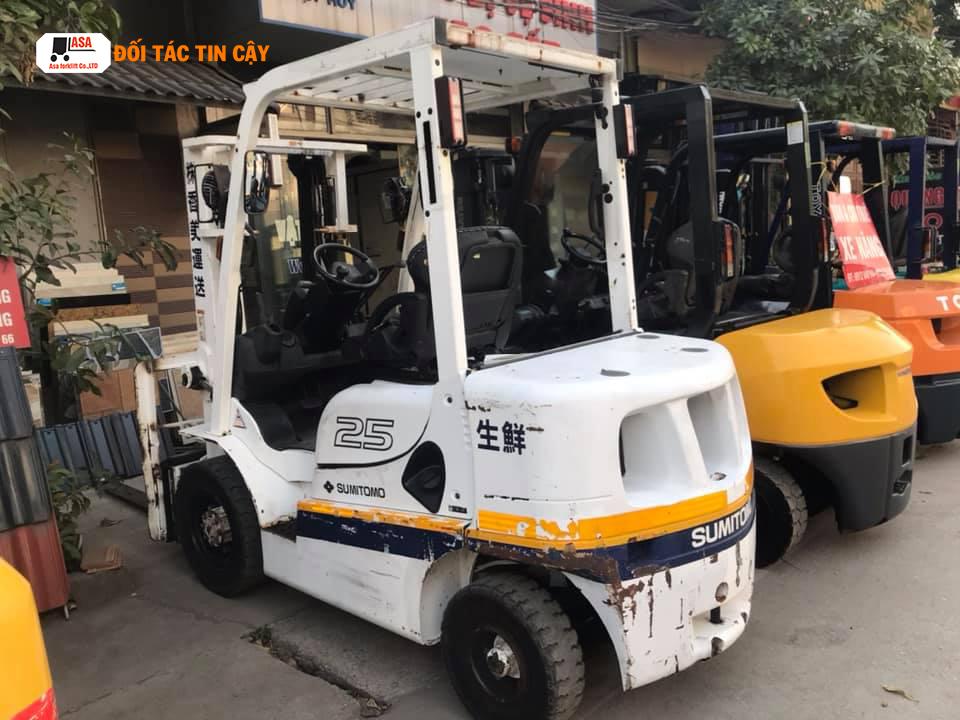 Doanh nghiệp sẽ tiết kiệm được rất nhiều chi phí sản xuất khi thuê xe nâng hàng tại Đồng Nai