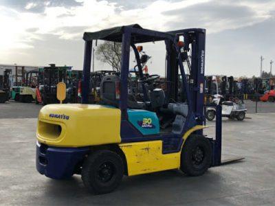 Xe nâng dầu Komatsu 3 tấn có nhiều ưu điểm nổi bật